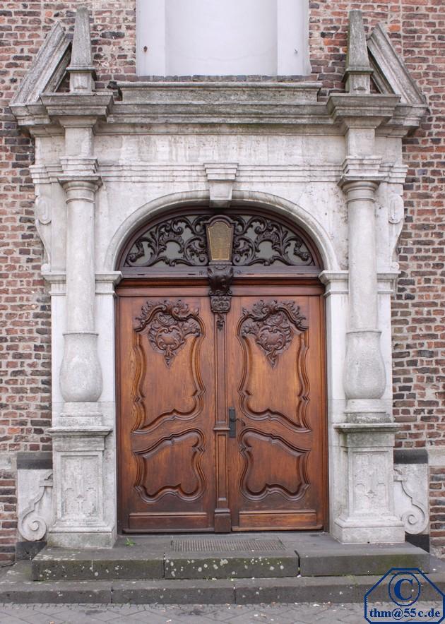 Eingangstor zum Zeughaus